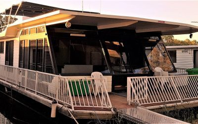 Houseboat Heaven - Fully Accessible.