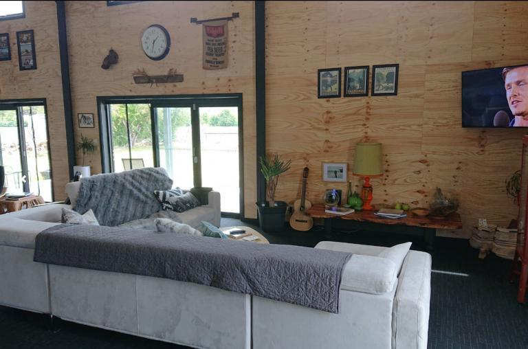 Accessible Accommodation Tasmania - Bed in a Shed