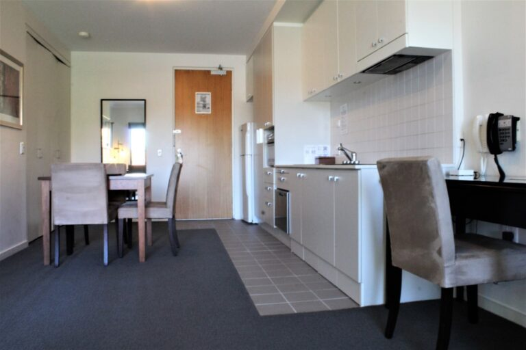 Quest On Rheola with accessible accommodation. Wheelchair accessible accommodation west perth